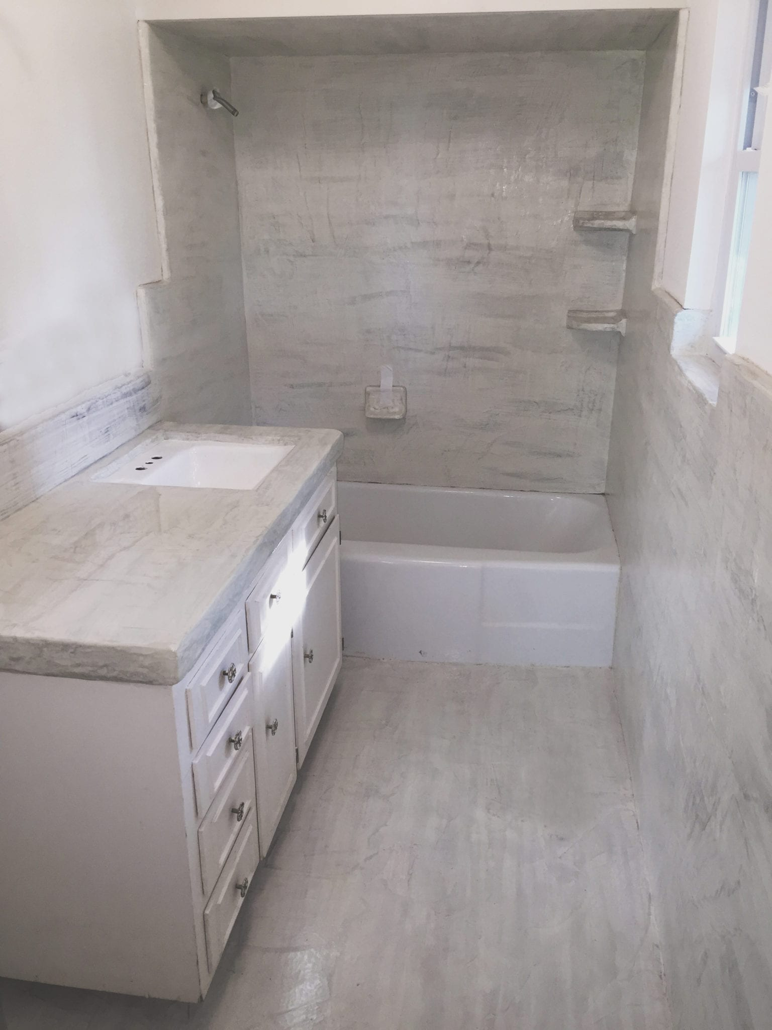 grey bathroom resurfaced